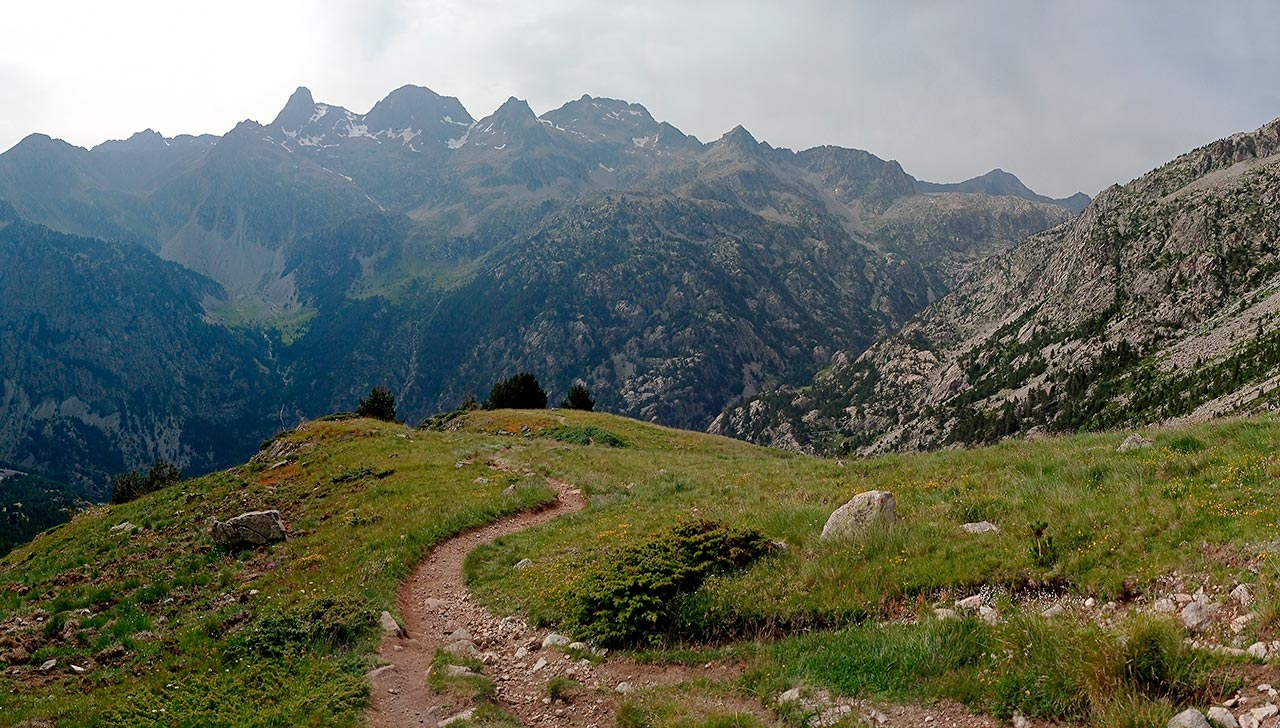 Camino de bajada al Balneario